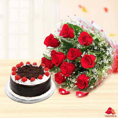 12 Red Rose Bunch with  Black Forest Cake