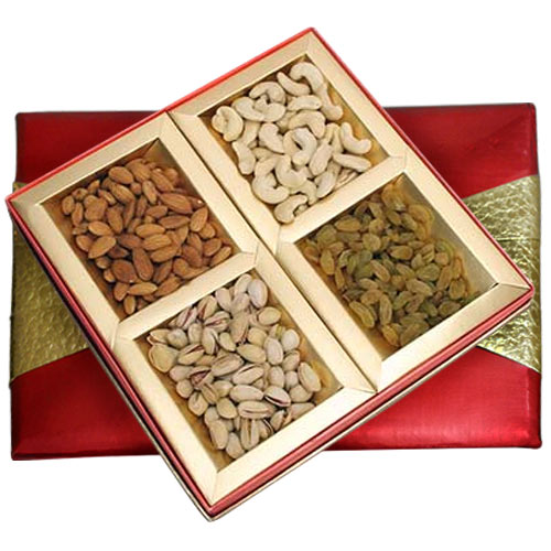 Crispy Assorted Nuts Dry Fruits Gift Pack
