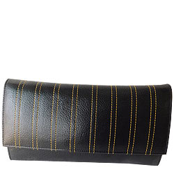 Faddish Ladies Leather Wallet from Rich Born