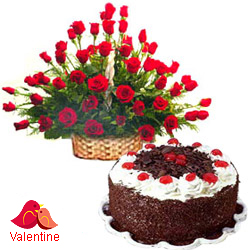 <u><font color=#008000> MidNight Delivery : </FONT></u>:50 Exclusive  Dutch Red    Roses  with Black Forest cake 1 Kg from 5 star Hotel Bakery