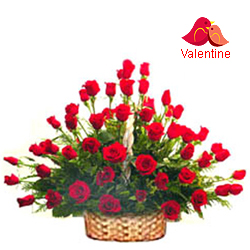 <u><font color=#008000> MidNight Delivery : </FONT></u>:51 Exclusive  Dutch Red    Roses  Arrangement