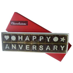 Delicious Happy Anniversary Chocolates Pack