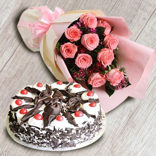 Combo of 1/2 kg Black Forest Cake with 10 Pink Roses Bouquet