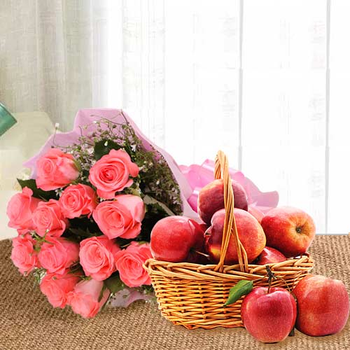 Attractive Gift of Pink Rose Bouquet With Fresh Apples Basket
