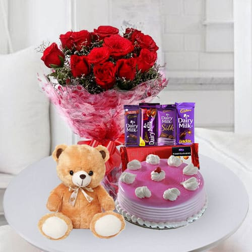 Marvelous Cake with Chocolates, Teddy n Flowers for Birthday