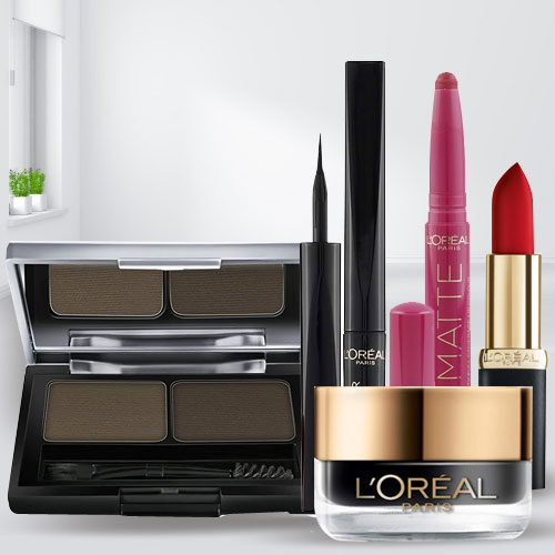 Marvelous L'oreal Make Up Hamper