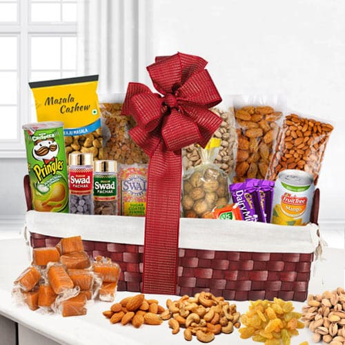 Mouth-Watering Gourmet Gift Basket
