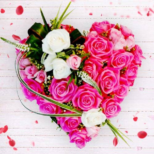 Wonderful Heart of 36 pcs Pink N White Roses