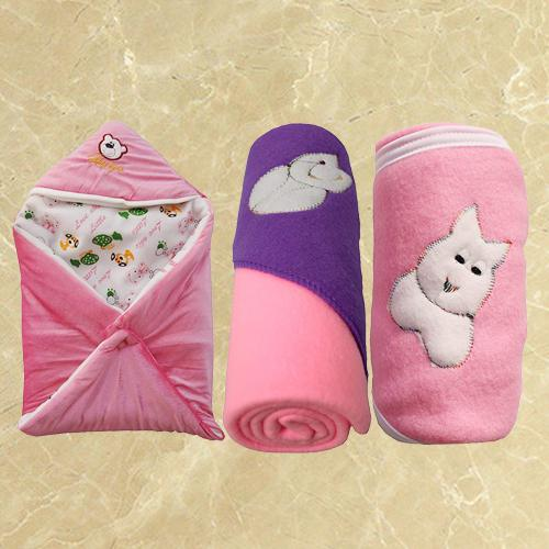 Marvelous Fleece Hooded Blanket for New Born Babies