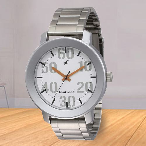 Amazing Fastrack Casual Analog Mens Watch