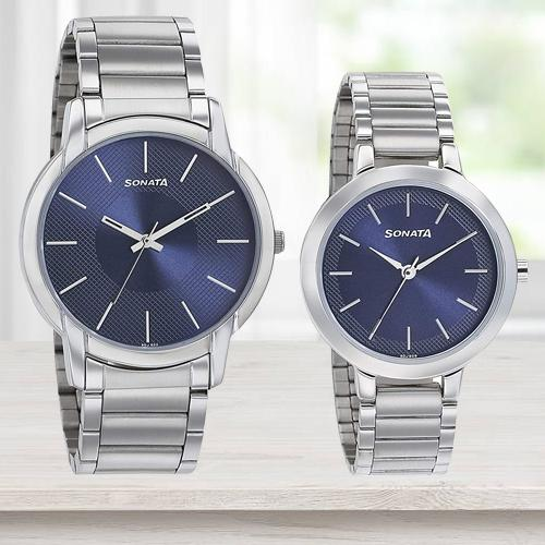 Outstanding Sonata Analog Blue Dial Watch for Men N Women
